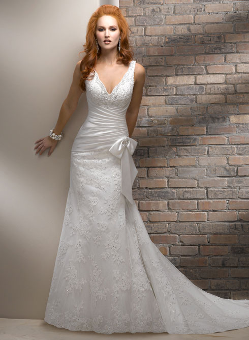 wedding planner malta - contemporary weddding dress