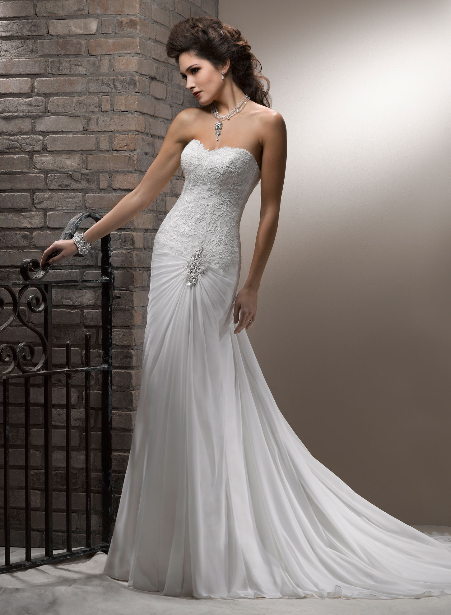 wedding planner malta - amazing wedding dress