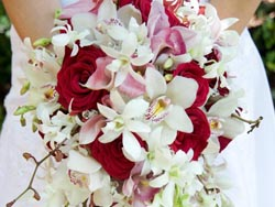 Malta Wedding Inspirations - A Red and White Wedding Bouquet