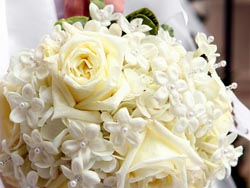 Malta Wedding Inspirations - White Roses Wedding Bouquet
