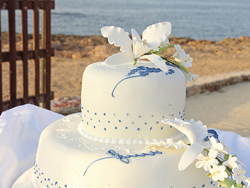 The wedding cake with the Mediterranean Sea in the background